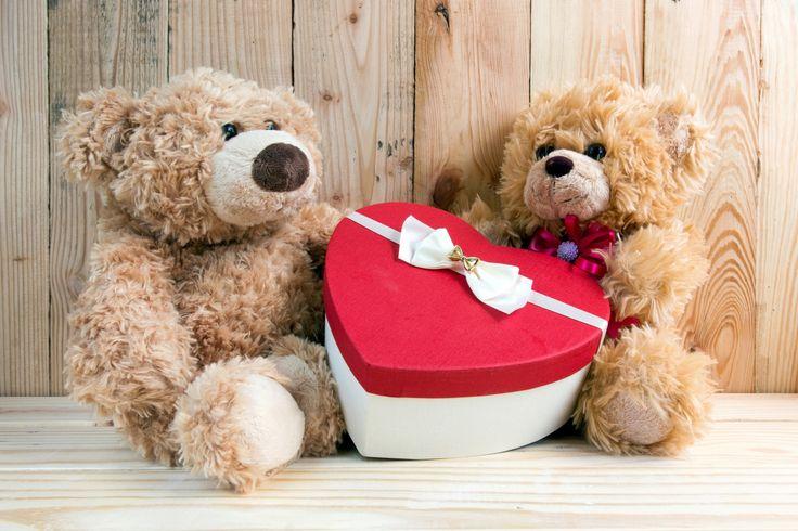 Праздники День святого Валентина Мишки Сердце Двое Бантик