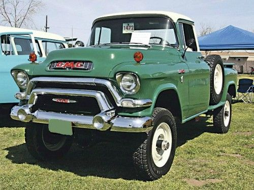 1956 GMC 4X4 bless the man for keeping the stock rim's...