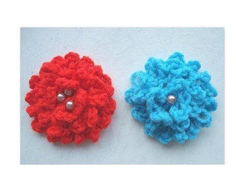 GET YARN AND HOOKS HERE: http://hectanoogapatterns.blogspot.ca/p/yarn-and-hooks.html    http://www.etsy.com/shop/Hectanooga brings you this video for making a very easy beginner flower.  Check out my channel for more easy beginner crochet flowers.