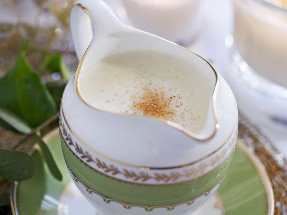 Pikante englische Brotsauce ist ein Rezept mit frischen Zutaten aus der Kategorie Gewürze. Probieren Sie dieses und weitere Rezepte von EAT SMARTER!