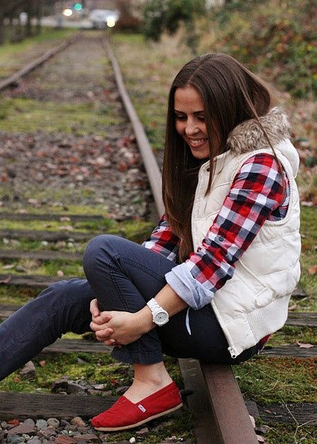 Trendy Combinations for Plaid Flannel Shirt