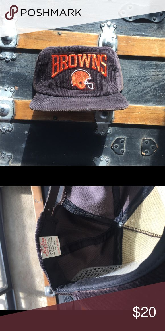 Vintage Cleveland Browns Snapback Amazing 80's 90's piece. Great condition. Such a Dope NFL Piece. Brand new with sticker. Dope corduroy hat Vintage Accessories Hats