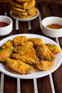 Easy Baingan Pakoda recipe a tempting finger food snack #snacks #indian #diwali2016