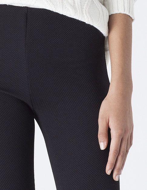 Legging textura | PANTALONES & LEGGINGS | PARTES DE ABAJO | SHOP ONLINE SUITEBLANCO.COM