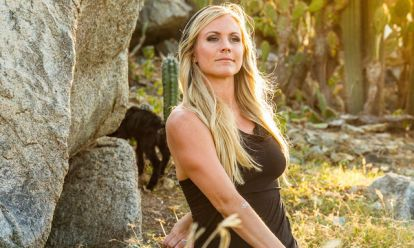 Yoga Girl Rachel Brathen Shows Her Meditation Practice - mindbodygreen.com