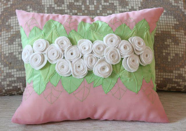 Toys+things: Подушки розово-зеленые