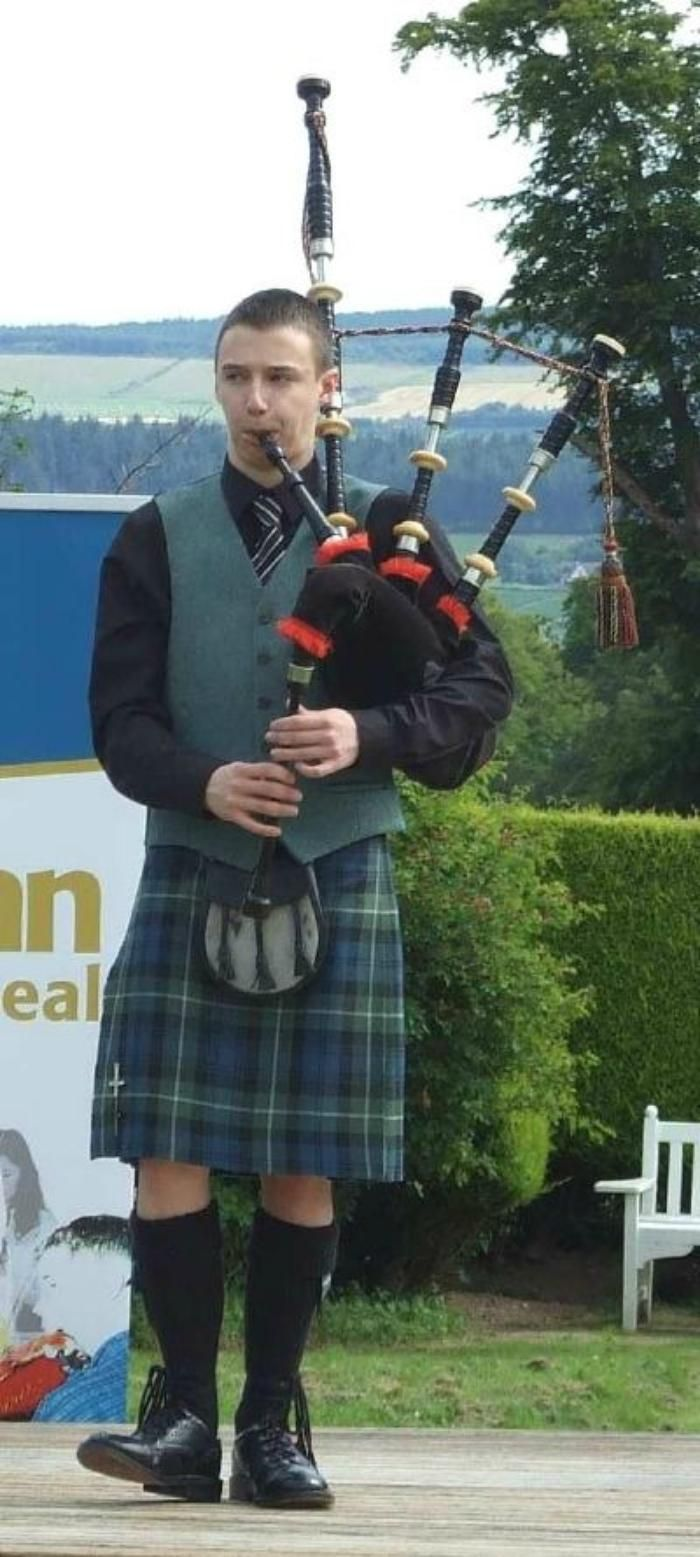 648 best bagpipe images on pinterest scotch highlanders and kilts