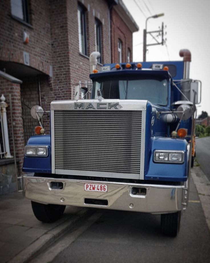 Made in USA   #usa #truck #camion #mack