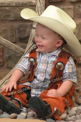The 25 best cowboy and indian costume ideas on pinterest cowboy coolest twin boy cowboy and indian costumes solutioingenieria Image collections