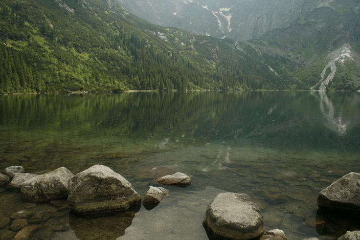 There's more to Zakopane than just Morskie Oko! Check out our 10 Favorite things to do in Zakopane, Poland. And be sure to scroll through all the pictures to see Lake Morskie Oko during the w…