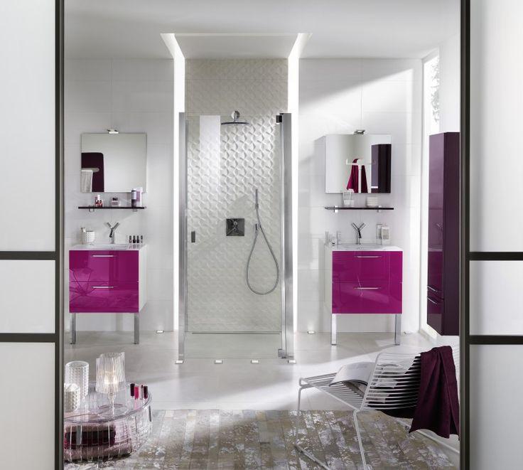 Les 38 meilleures images propos de salle de bain sur for Carrelage rose fushia