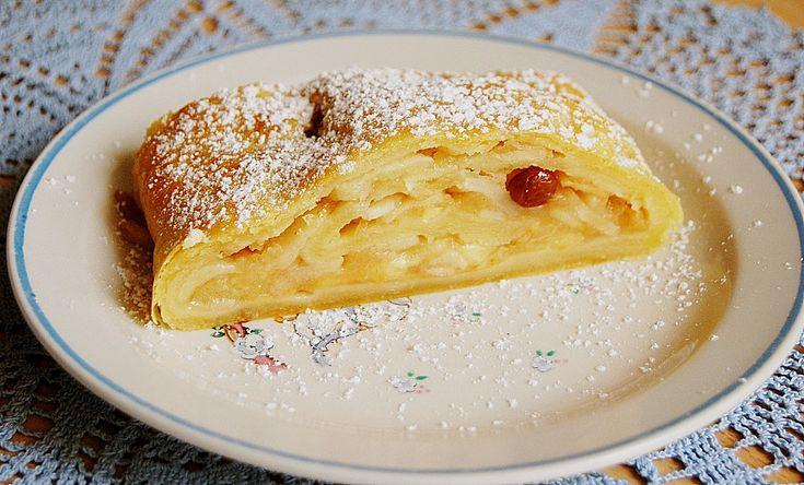 Topfenteig - Apfelstrudel, ein sehr schönes Rezept aus der Kategorie Dessert. Bewertungen: 96. Durchschnitt: Ø 4,6.