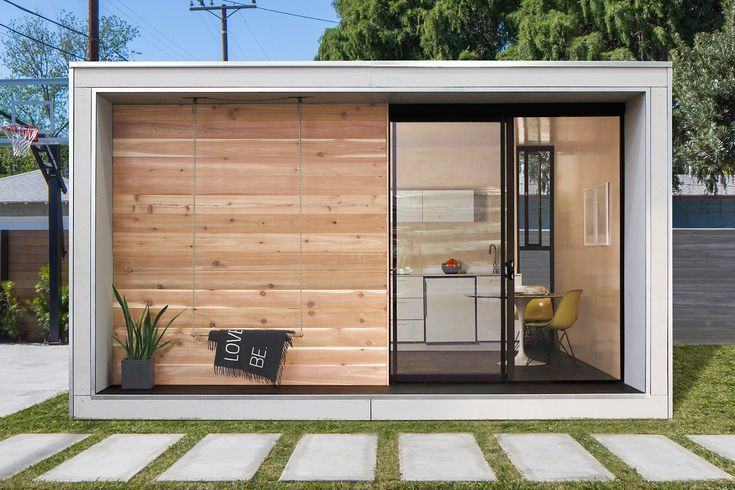 Whether it's an office, guest house, or a new abode, Plus Hus gives you 320 square feet to do with what you like. The simple rectangular structure is constructed from mnmMOD panels, a sustainable material that is also energy efficient....