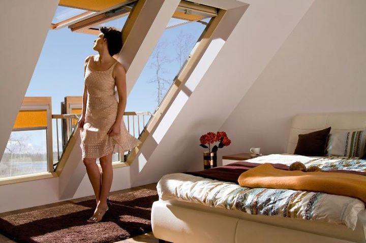 Мансардные окна http://sotdel.ru/mansardnye-okna/ Мансардные #окна #sotdel объединенные в различные комплекты украшают дом снаружи и изнутри. Мансардные окна Velux и Fakro прекрасно зарекомендовали себя в различных климатических условиях. Оптимальной площадью мансардных окон считается одна десятая часть от общей площади кровли.  Мансардные окна http://sotdel.ru/mansardnye-okna.html -Sotdel.ru