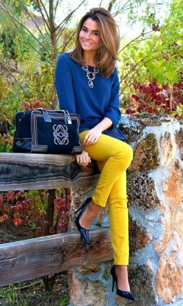 Look Azul + Amarelo + scarpin