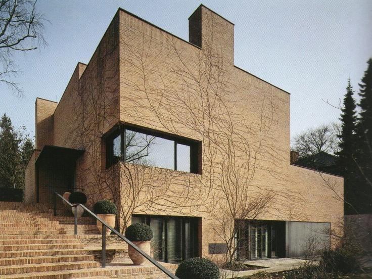Residência Particular, Berlim, Alemanha - David Chipperfield (Imagem retirada da Coleção Folha Grandes Arquitetos)