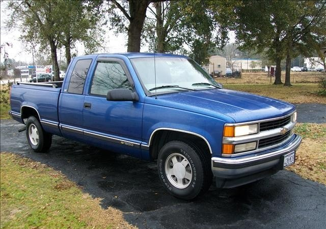 1997 Chevy Silverado. Drove it 17 miles after i bought it, before the tranny let go.