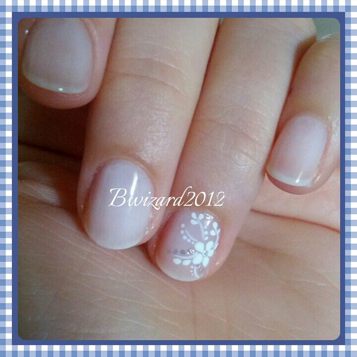 Bride natural nails