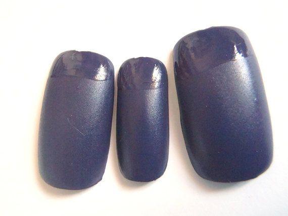 unghie finte grigio effetto opaco e lucido matte mat french manicure sexy gotico smalto nail art trend 2015 2016 squadrate lasoffittadiste