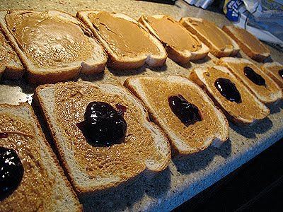 Freeze ahead peanut butter and jelly sandwiches and other ideas