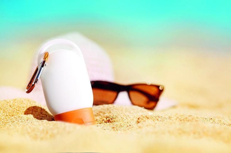 Protector solar con factor 30, regalazo de empresa para tus clientes en #verano. #Publicidad #Playa #CremaSolar #Merchandising