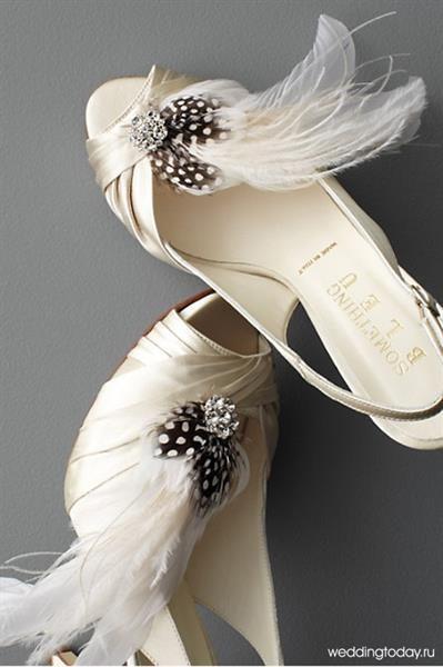 Атласные свадебные босоножки и туфли