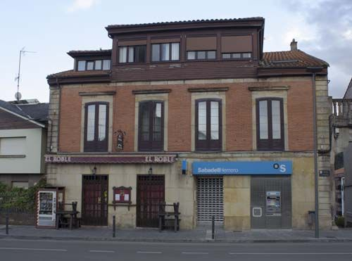 Cafetería El Roble