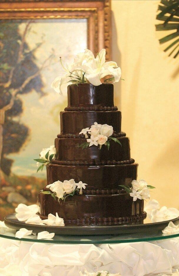 31 Amazing Dark Chocolate Wedding Cake | Wedding cake, Wedding cake ...