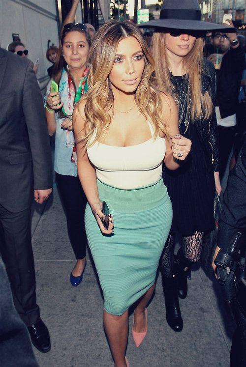 Kim kardashian- love the outfit  Repin  Follow my pins for a FOLLOWBACK!