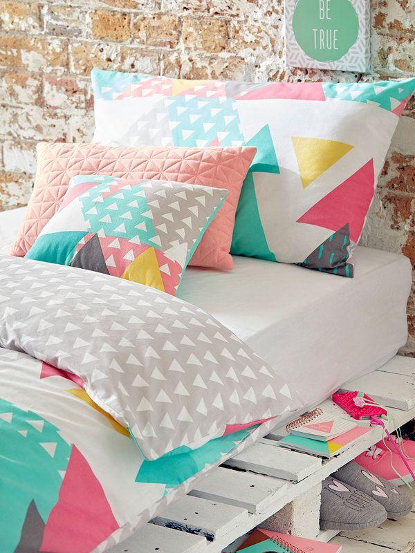 Sábanas a todo color para tu cama