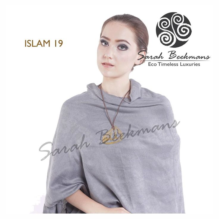 Sarah Beekmans horn pendant. To order please purchase directly at our website at : www.sarahbeekmans.com/shop or please contact our friendly customer care team at : +62-811-998-5858