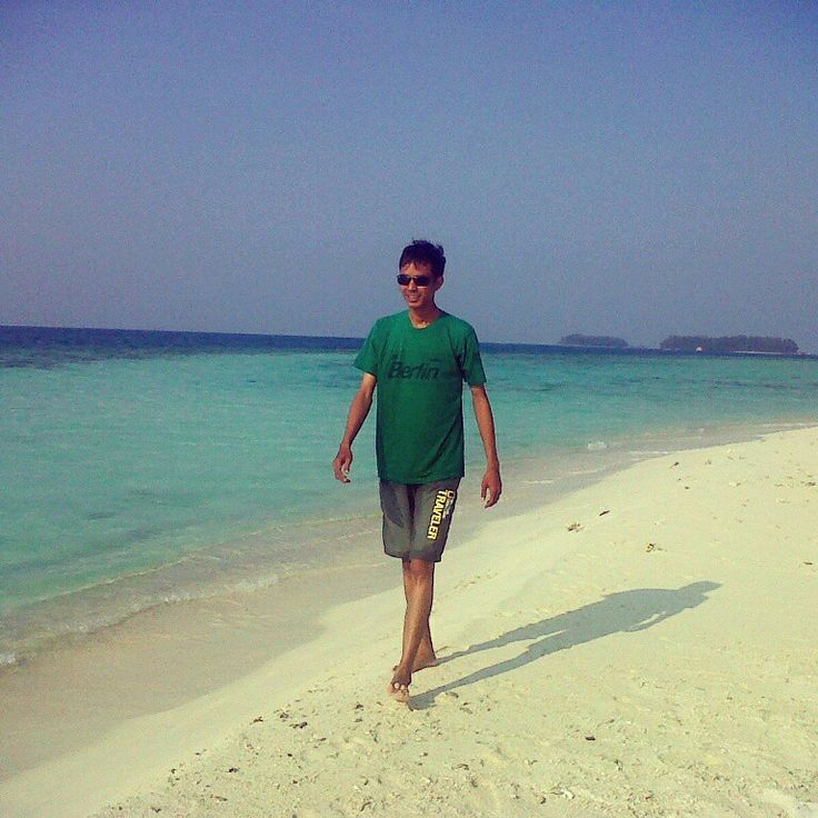 Greeny in white sand of the blue sky #exotic #traveler #GusungThousandIsland #Jakarta #indonesia