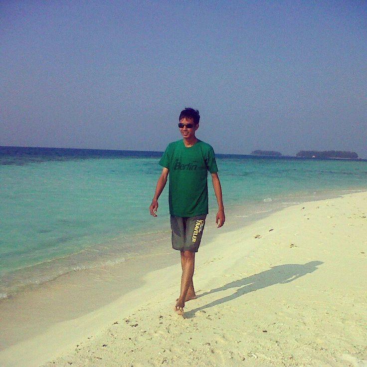 Greeny in white sand of the blue sky #exotic #traveler #GusungThousandIsland #Jakarta #indonesia