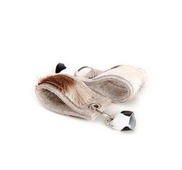 """Klingelnder Schlüsselanhänger """"MIABELL"""" aus Wollfilz, echtem Kuhfell und mit kleiner Kuhglocke"""