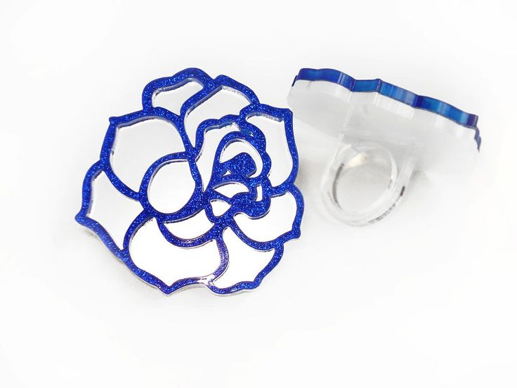Rose Blue-White ring