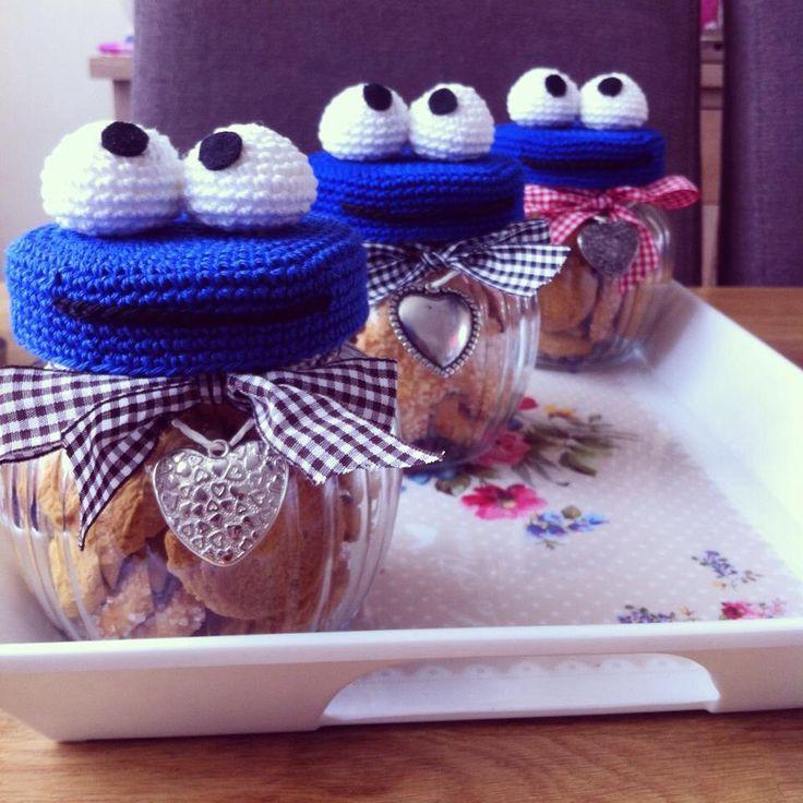 Debekende koekjes potten voor de juffen op school