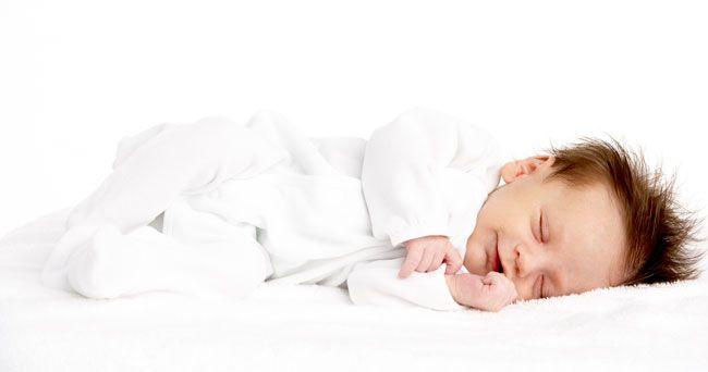 Så mycket borde ditt barn sova egentligen – från spädbarn till tonåringar