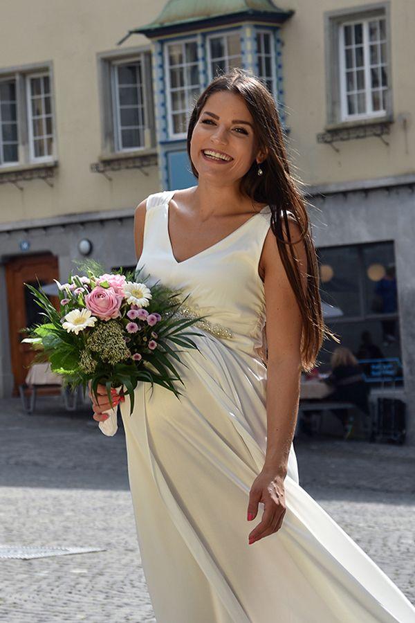 Wunderschönes Umstands-Brautkleid - made in Switzerland!