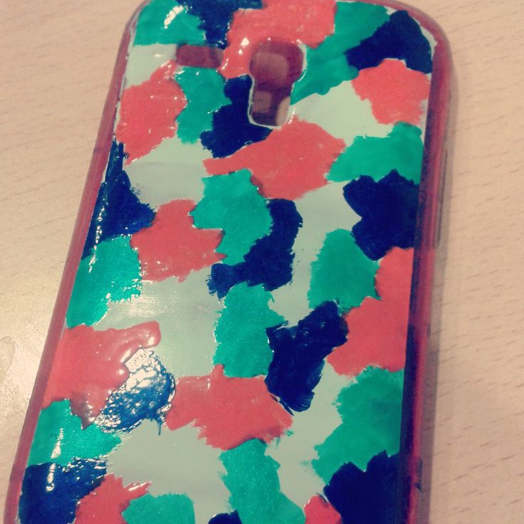 Decora tu funda de movil con pintau as de colores que - Decorar funda movil ...