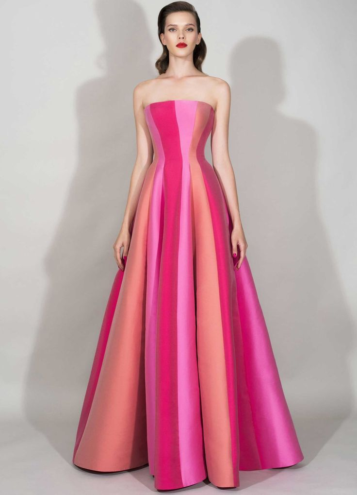 93 best Gowns images on Pinterest | Bridal dresses, Bridal gowns and ...