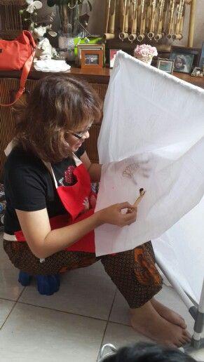 Practice making Batik... @ Griya Khenest Galery...Perumahan Citra Gran Cibubur Kota Bekasi Indonesia