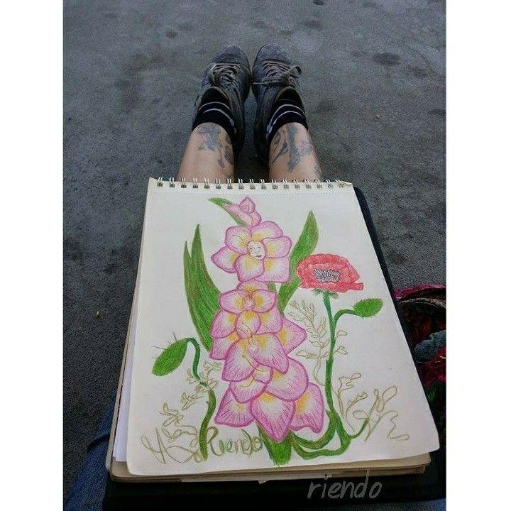 #pasoalarte #riendoart #riendoflordefantasías #flordefantasías #gladiolus #surreal #flower #flor #flores #surrealista #pink #birthflower #august #baby #birthday #tattoo #dali #jjgrandville #love #liebe #losangeles #artist #hispana #latino #mexico #arte