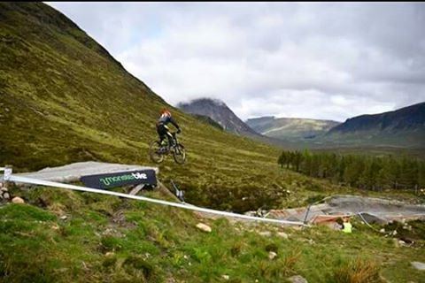 Good weekend at glencoe. Had fun during practise and felt very comfertable with the track. Not much more could have went wrong in my race runs with a puncture at the start of race 1 and two crashes in race 2  #rockymountain #mtb #glentress #korenotcorporate #mountainbiking #scotland  #downhillmountainbiking #skate  #snowboarding #sport #bmxing #adventure  #sda #bmx #vitusbikes #skiing #skate #vitus #skateboarding #outdoors #bike #cycle  #photography…