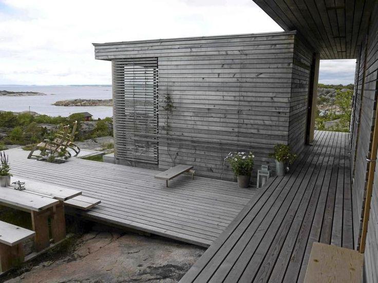 Arkitekttegnet hytte på Hvaler - Topparkitektens hytte svever over svaberget - Arkitektur