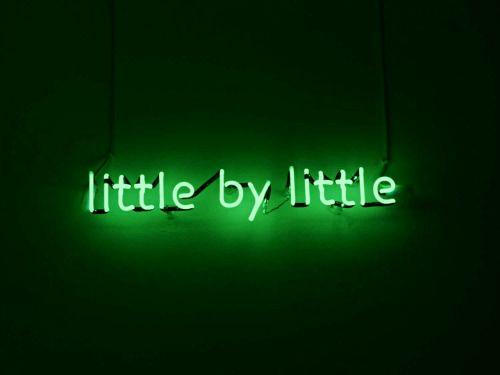 Best 25+ Neon Green Ideas On Pinterest