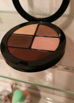 Kupuj mé předměty na #vinted http://www.vinted.cz/kosmetika-a-prislusenstvi/dekorativni-kosmetika-kosmetika/15579349-sephora-paletka-nude-ocnich-stinu