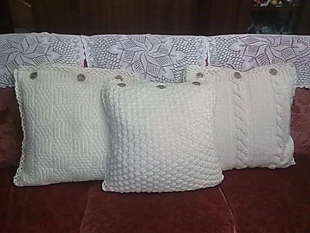 Oltre alla passione per le borse ho quella per la casa. amo molto creare oggetti per la casa relaizzati a maglia o all'uncinetto, così, qual...