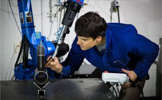 What Interview Questions Should You Ask Robotic Welding Cell Operator Candidates?