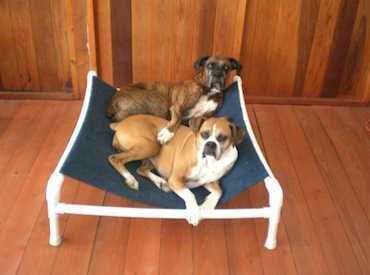 Hammock instructions! @Margaret Bailey let's make one for the big next summer! | Crafty | Pinterest | Dogs, Dog Bed and Dog hammock