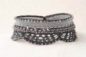 grey-metallic-crochet-necklace-labradorite-scandalize
